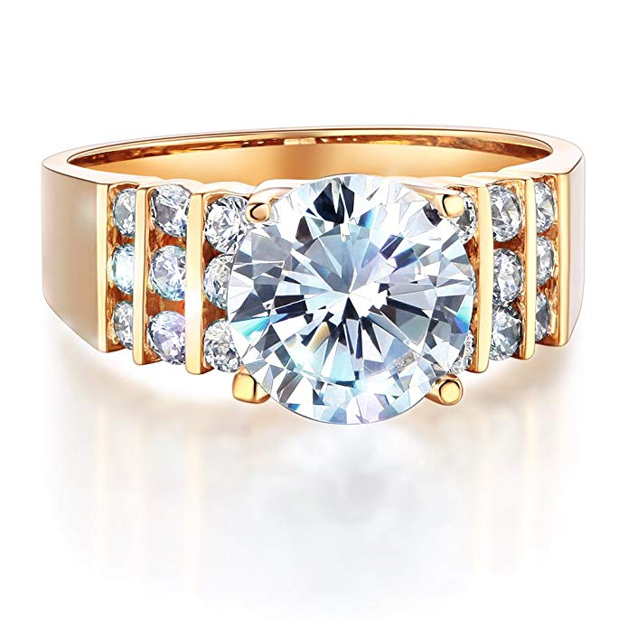 Wellingsale Ladies Solid 14k Yellow Gold Polished CZ Cubic Zirconia Round Cut Engagement Ring with Side Stones
